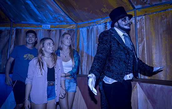 Circo Sinistro Howl O Scream Busch Gardens Williamsburg